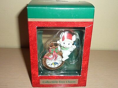 Lustre Fame Ornament ~ Mouse on a Pocket Watch