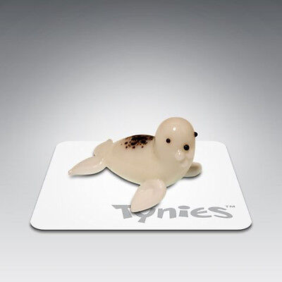 SAL Seal White sea animal TYNIES Tiny Glass Figure Figurines Collectibles 0027