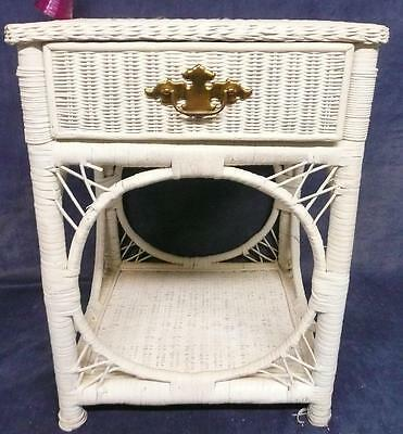 USED Vintage Antique Retro White wicker small side table night stand W/ drawer