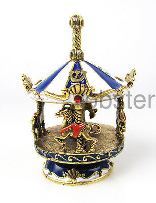 COLLECTIBLE CAROUSEL HORSES GOLD DREIDEL & Stand made with Swarovski Crystal