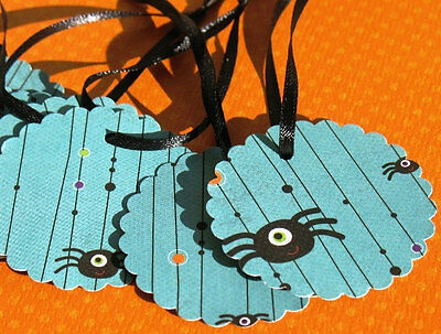 Black Widow - Scalloped Halloween Gift Tags