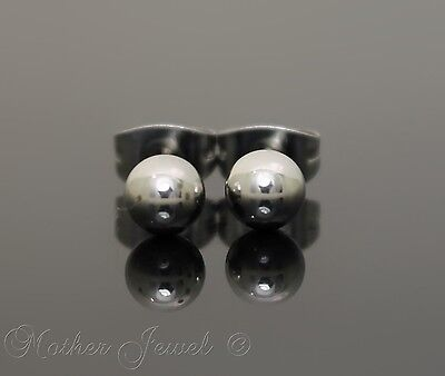 Silver Surgical Steel Round 5Mm Plain Ball Mens Womens Unisex Stud Earrings