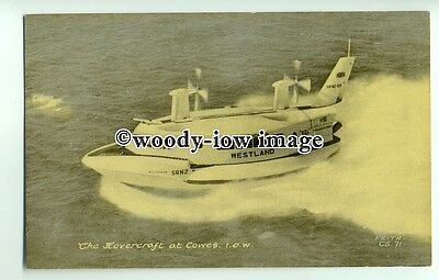 f0809 - Westland SRN 2 Hovercraft at Cowes , Isle of Wight - postcard