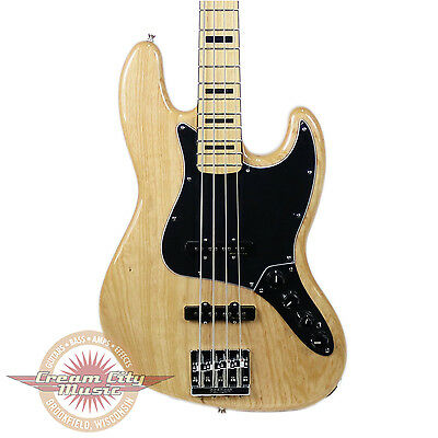 Brand New Fender Deluxe Active Jazz Bass Maple Fingerboard in Natural Demo