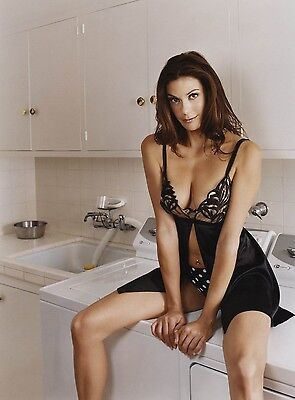 Teri Hatcher 8X10 Glossy Photo Picture Image #4