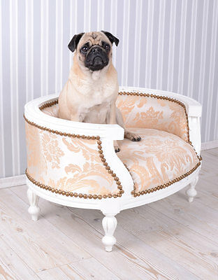 Dog Bed Baroque Dog Sofa Cream Bed for Pugs