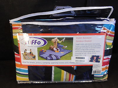 Tuffo TA3-001 - Water-Resistant Outdoor Blanket with Carrying Case