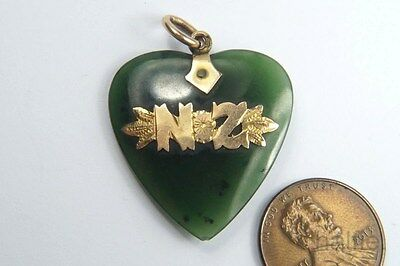 ANTIQUE 9K GOLD NEPHRITE / NEW ZEALAND JADE HEART SHAPED SOUVENIR PENDANT c1900