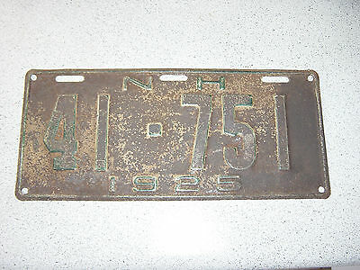 1925 New Hampshire USA License Plate 41-751 Plaque 25 N.H.