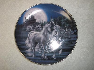 Fabulous Porcelain Collector Plate Royal Doulton Gathering Of The Unicorns