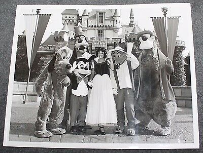 "Rare Vintage Disneyland Publicity Photo Snow White And Friends 8"" X 10"""