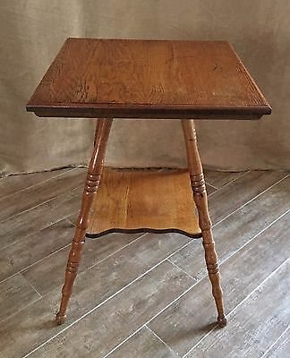 Vintage Oak two tier Parlor table antique plant entryway side lamp turned legs