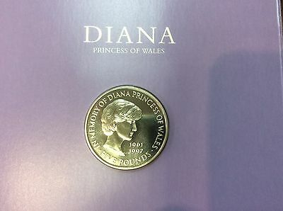 1999 5 pounds Commemorative Memorial Coin Diana Princess of Wales with Folder