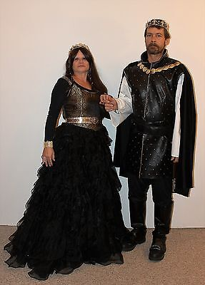 Cosplay, Renaissance Faire King & Queen of France Couples Costumes, Excellent!!