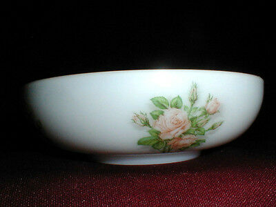 """Consolidated Milk Glass Pink  Roses 10"""" Salad/Serving Bowl"""