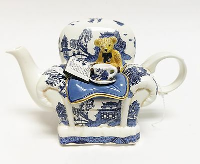 Vintage Teapot By Paul Cardew Teddyblue On A Winter Willow Arm Chair Figurine