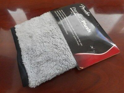 NEW - Genuine Fender Premium Plush Microfiber Polishing Cloth, 099-0525-000