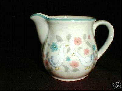 Action China Japan Country Classics Duck/Geese/Goose Creamer