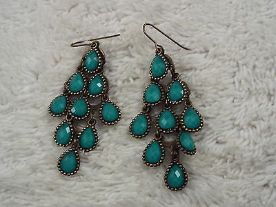 Brasstone Blue Cabochon Chandelier Pierced Earrings (D78)