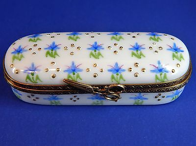 Limoges France Hinged Needle Case Box - Blue Flowers - Scissors Latch - Eximious