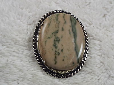 Silvertone Marbled Stone Oval Pin (C74)