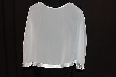 NWT Size 18 White chiffon/satin bridal poncho/cape cover for wedding gown