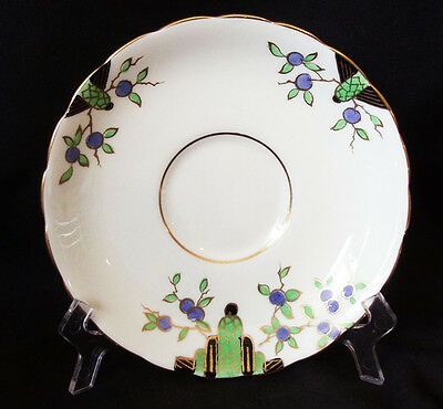 5 pieces of Tuscan China Plant 1773A Saucers and teacups