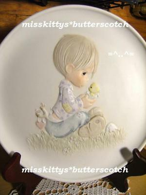 Precious Moments~PLATE~Believe in Miracles~E9257~168# ~Littl Boy w Baby Chick