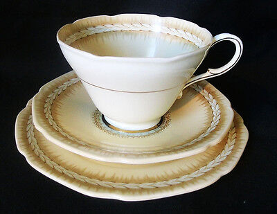 Paragon Laurel Trio, Cup, Saucer and Plate