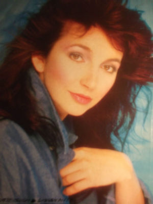1 english clipping KATE BUSH SINGER WUTHERING HEIGHTS BOY GIRL BAND BOYS GROUP