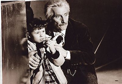 PUBLICITY DR WHO PHOTOGRAPH B & W PETER CUSHING ROBERTA TOVEY SCENE 11 x 8