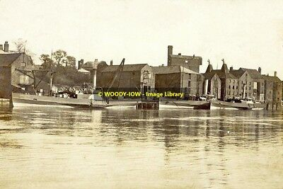 rp12755 - Paddle Steamer Isle of Axholme at Gainsborough - photo 6x4