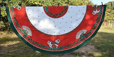"""Christmas Tablecloth ROUND 70"""" Carousel Horses Red White Green"""