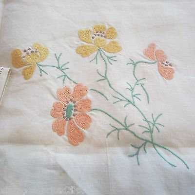 Lge Square 1.3M Tablecloth & 3 Napkins Vintage Linen Fabric Embroidered 1950S