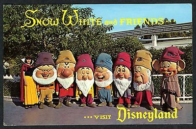 1960s VISIT DISNEYLAND FANTASYLAND with SNOW WHITE &SEVEN DWARFS~UNUSED POSTCARD