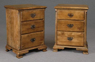 Solid Oak 3 Drawer Bedside Cabinet