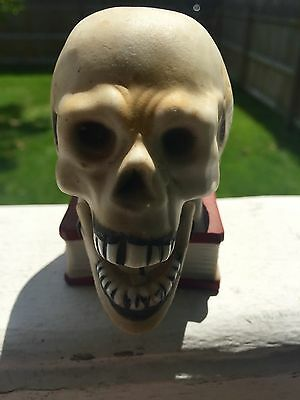 "1960's Ceramic Skull With Moving ""Bobbing"" Jaw Super Cool Vintage Made In Japan"