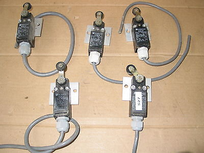 5X Commercial Roller Limit Switches Xck-P 240V Roller Micro Switch Limit Switch