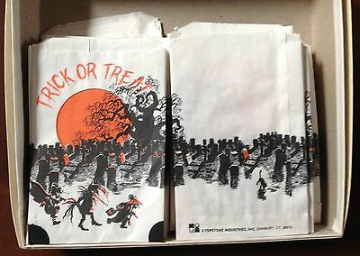 Vintage Paper Halloween Trick Or Treat Candy Bags Cemetary 124 Pc