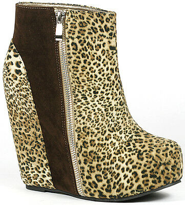 0fc06209d0a Leopard Round Toe High Platform Wedge Lace Up Ankle Bootie Boot 7 us Glaze