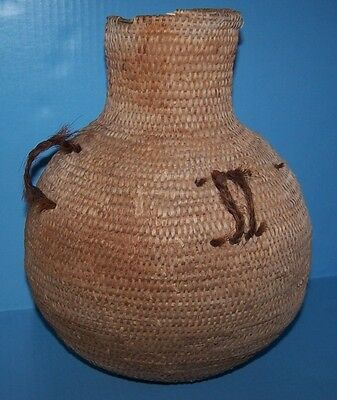 PAIUTE / NAVAJO Native American Indian basket WATER JUG w/ HORSE HAIR 1700-1800