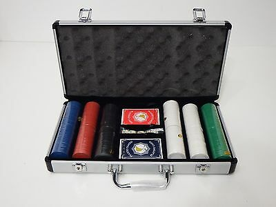 Poker chip Set Professional Quality 300 , cards, Dice, Metal Case Gambler casino