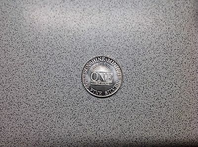 1984  1 Troy Ounce Sunshine Mining Dated 1984 . 999 Fine Silver Round