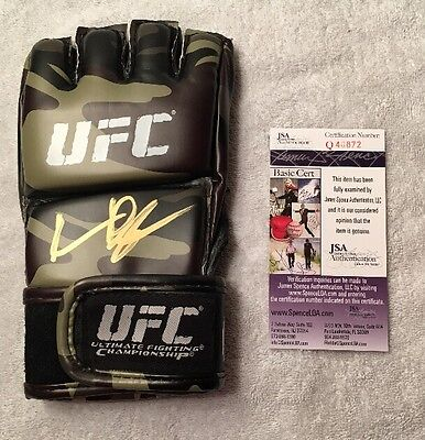 Autographed Quentin Rampage Jackson Signed UFC Glove MMA Bellator Pride JSA COA