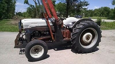 1953 Ford Jubilee Tractor w/ Davis Front End Loader & 3 Point Hitch