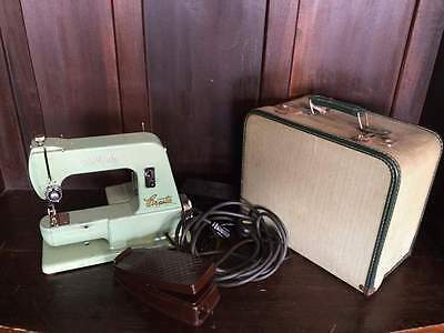 Vintage Fatva Cresta Heavy Duty Electric Sewing Machine with Case  #C3