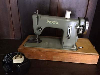 Vintage / Retro Zephyr Electric Sewing Machine Leather Metal Bodied      #A41