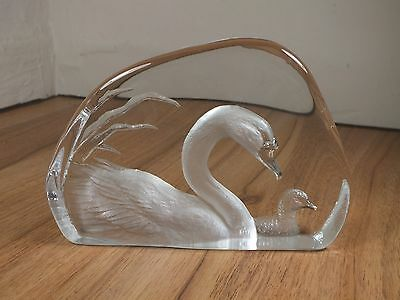 Mats Jonasson Swan & Signet Lead Crystal Glass Sculpture - Signature