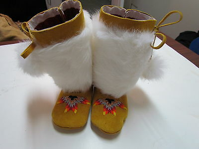 Youth Native American Felt Lined Mukluks W/rabbit Fur Wrap And Pom Poms - 6 In