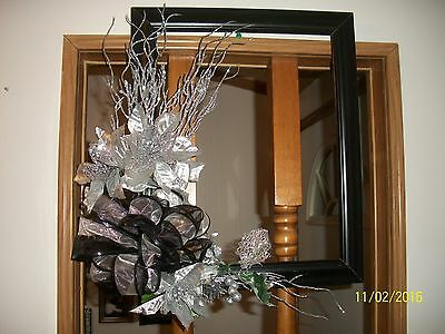 """Reclaimed 14""""x16"""" Wood Picture Frame Christmas Wreath Black Silver Poinsettias"""